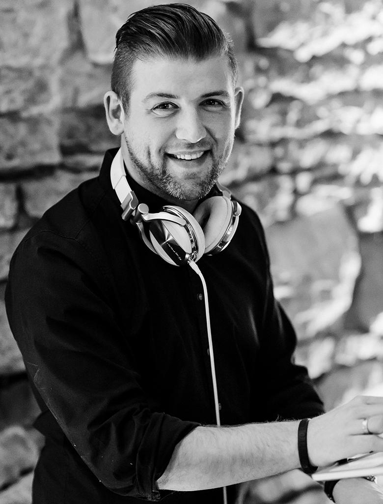 DJ-CHRIS-FRONTSEITE